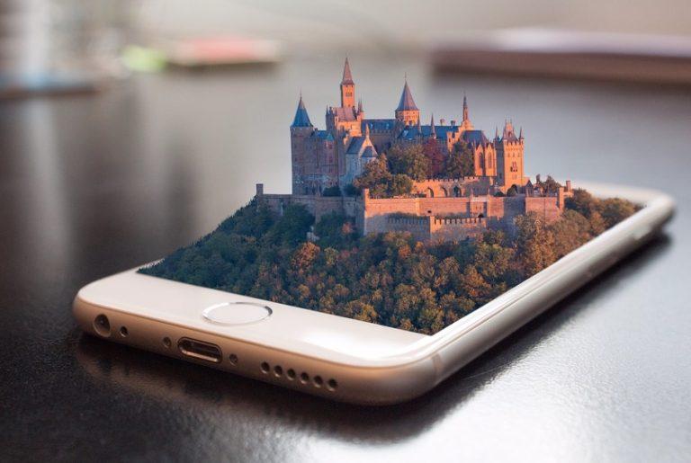 Kasteel-smartphone-pixabay-1875813